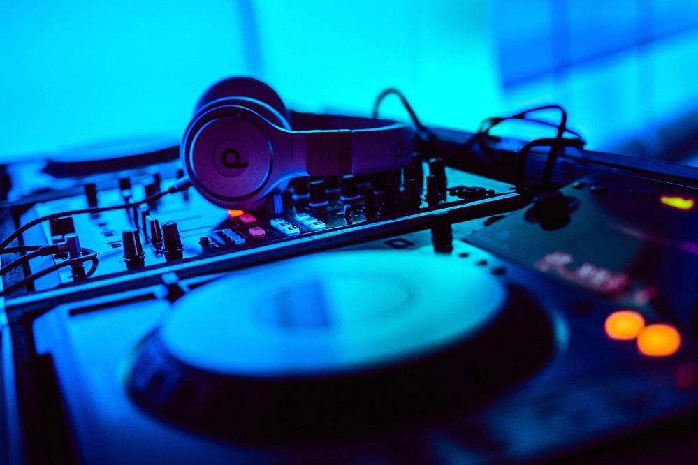 5 livres pour apprendre à mixer pour devenir DJ