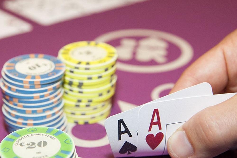 5 livres pour commencer le poker
