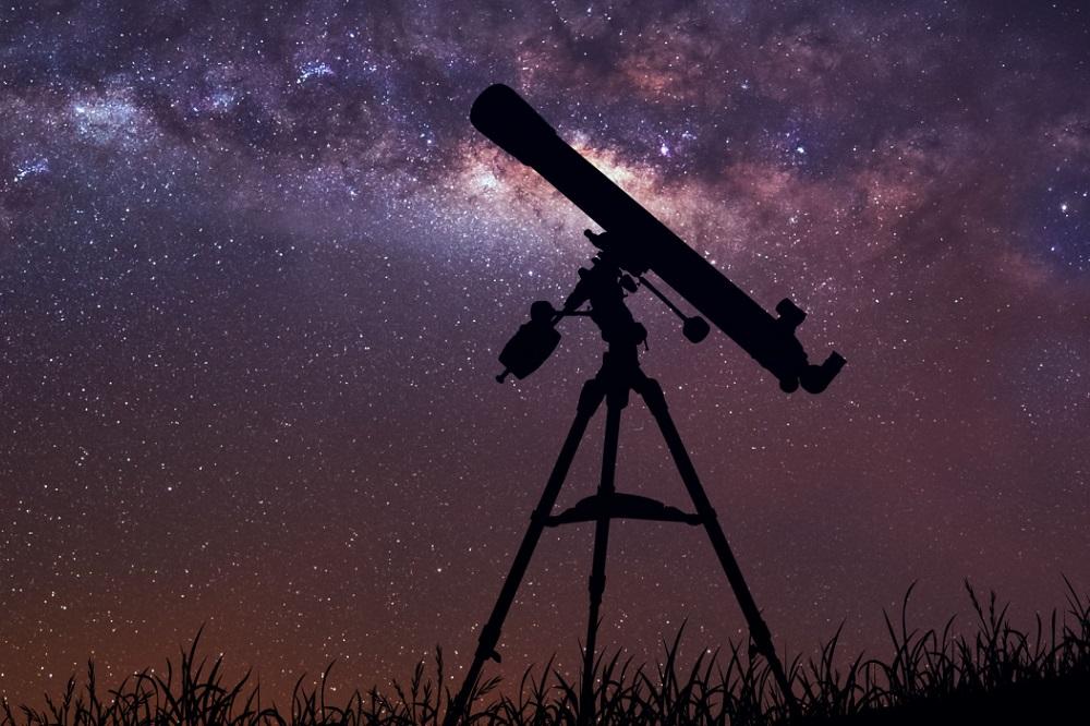 5 livres pour observer les étoiles