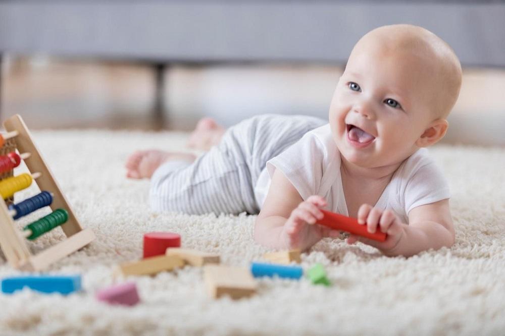Les 5 meilleurs livres d'éveil pour bébé