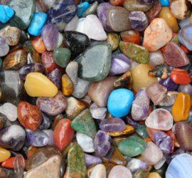 Les 5 meilleurs livres sur les pierres précieuses